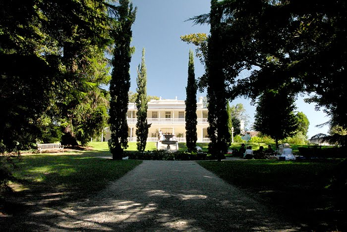 Como House - © http://classical-doll.blogspot.com